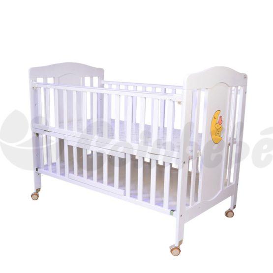 Lit à barreaux en bois 120×60 avec matelas bebe